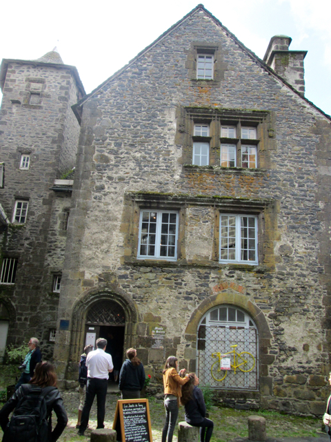 Maison de Templiers (House of the Templars). Photo by The Thinker's Garden.