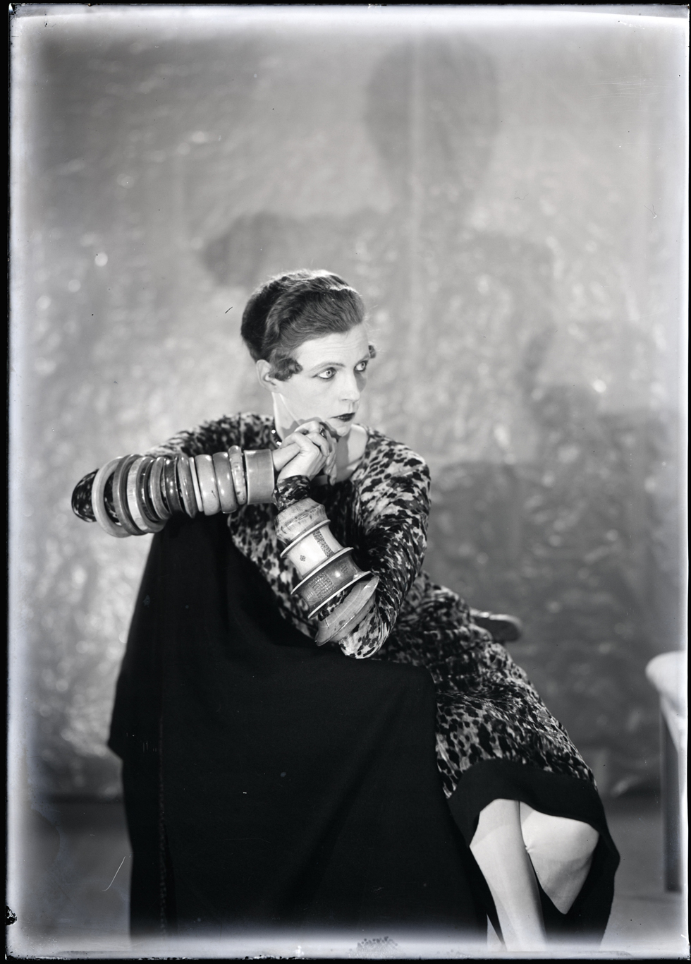 The iconic portrait of Nancy Cunard, 1925, photographed by Man Ray © Man Ray Trust - Adagp, Paris 2013 © Centre Pompidou