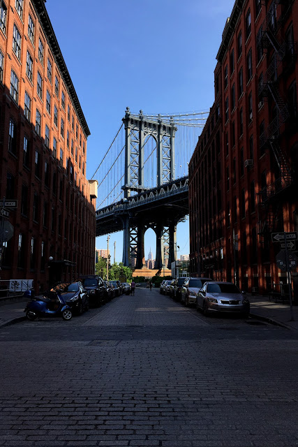 solo backpacking New York City - Dumbo Bridge