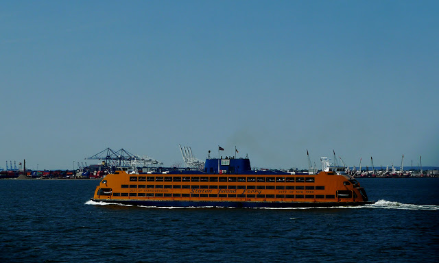 solo backpacking New York City - Staten Island Ferry