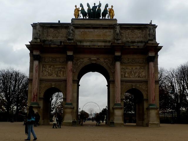 solo travel in Paris