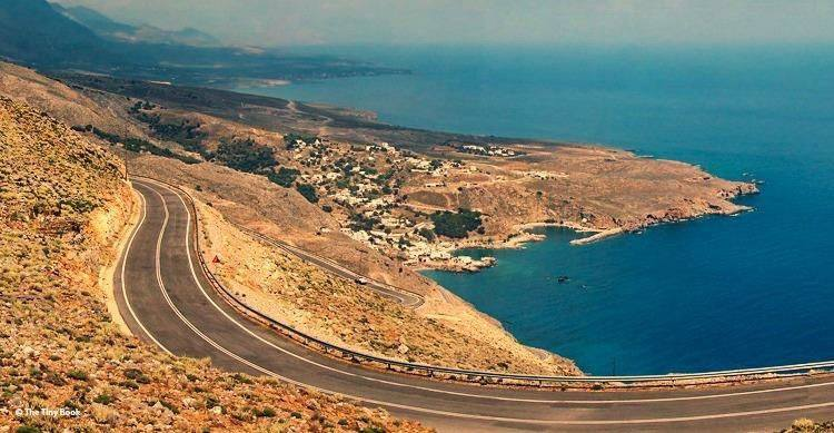 Road to Ierapetra by the sea. Crete on the road: A stop in Agios Nikolaos