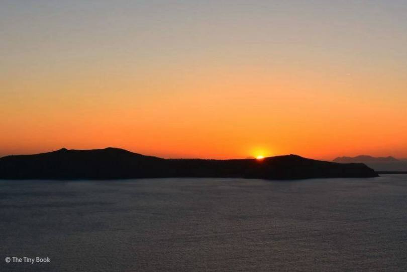 Sunset in Thira, Amazing Santorini. Santorini dreamy photo destination