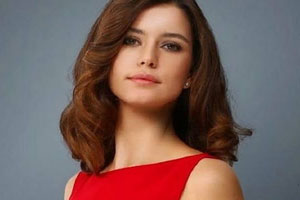 Beren Saat Turkish Actress