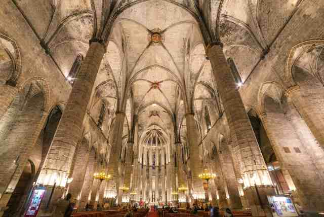 The Gothic church Santa Maria del Mar - historical place in barcelona, attractions barcelona