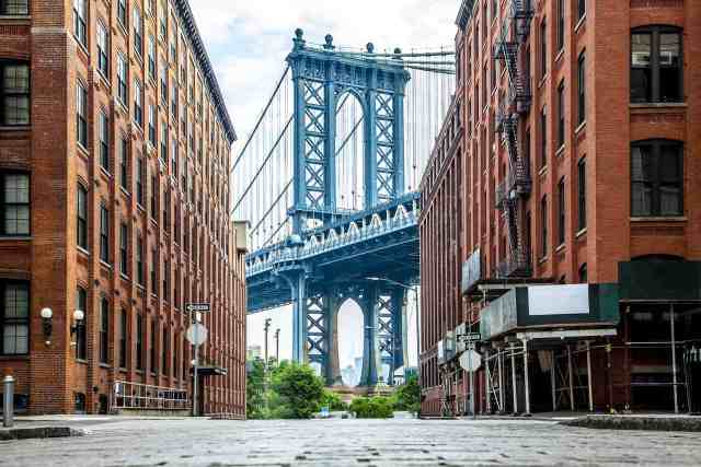 Manhattan Bridge from Dumbo. It is a Brooklyn must see and one of the Instagram places in Brooklyn