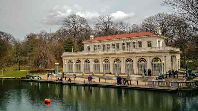 The Boathouse in Prospect Park. what to see in brooklyn. brooklyn what to do