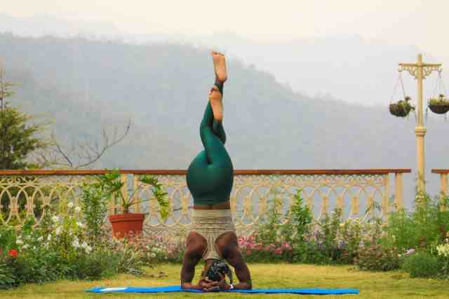 Combine wine tasting and yoga in wellness retreats in California