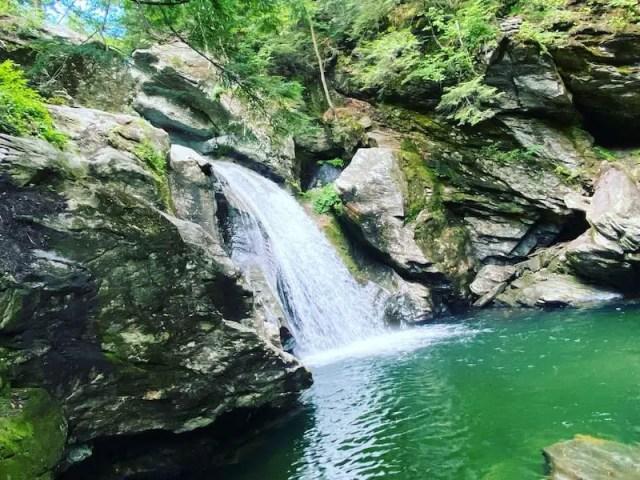 searching for new york city getaway weekend? make nyc getaway weekend in Vermont