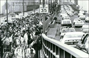 1980 New York Transit Strike - Pedestrians Crossing into Brooklyn