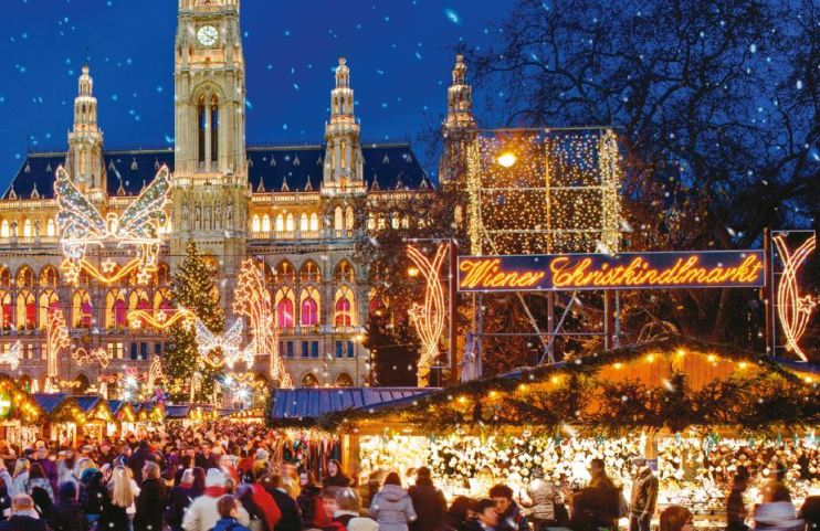 europe_christmas_cruise_market_scene