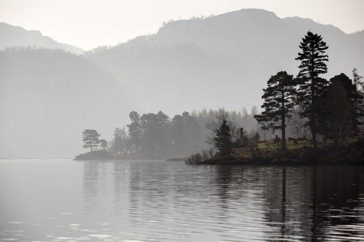 lake-1203478_1280