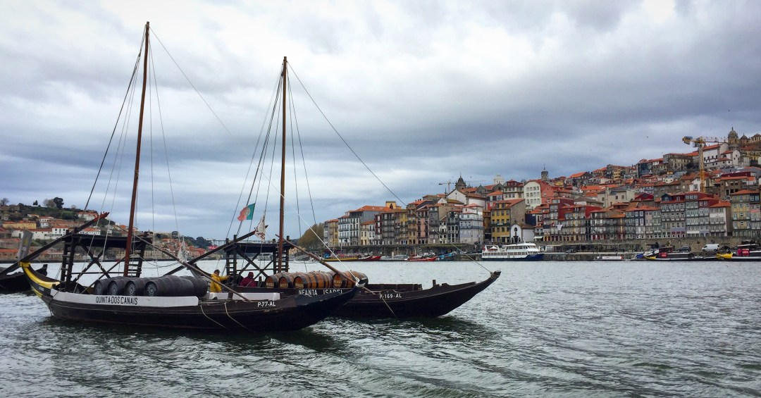 The Douro river and the Ribeira waterfront