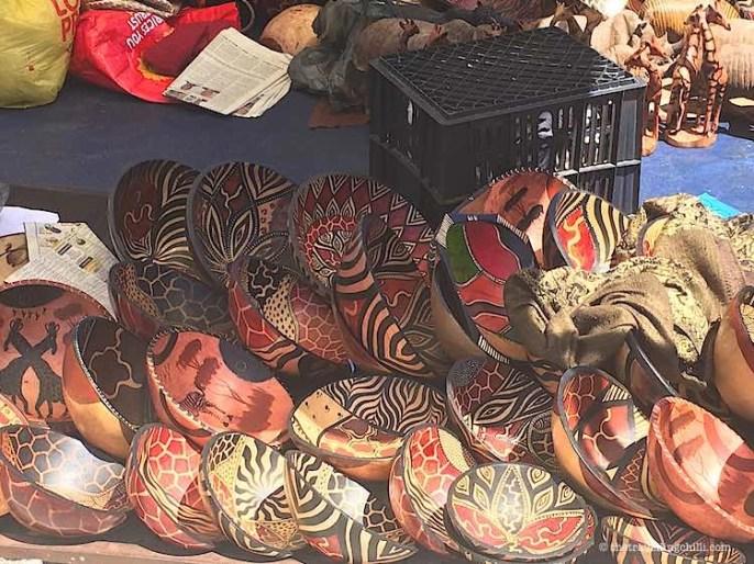wooden bowl souvenir cape town| best South African souvenirs to buy in Cape Town | What to buy in South Africa | South Africa souvenirs | Souvenirs from South Africa