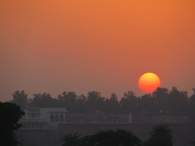 amazing sunset agra
