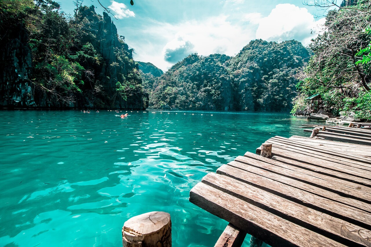 Backpacking The Philippines: (Budget Guide, TIPS + More