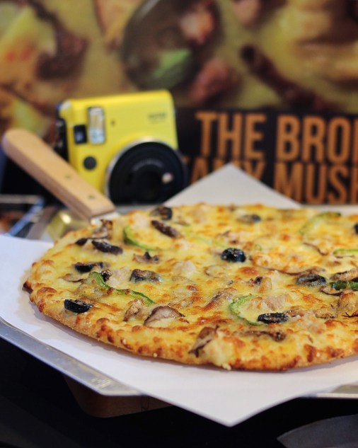 5 Boroughs Pizza New Flavors Of Yellow Cab