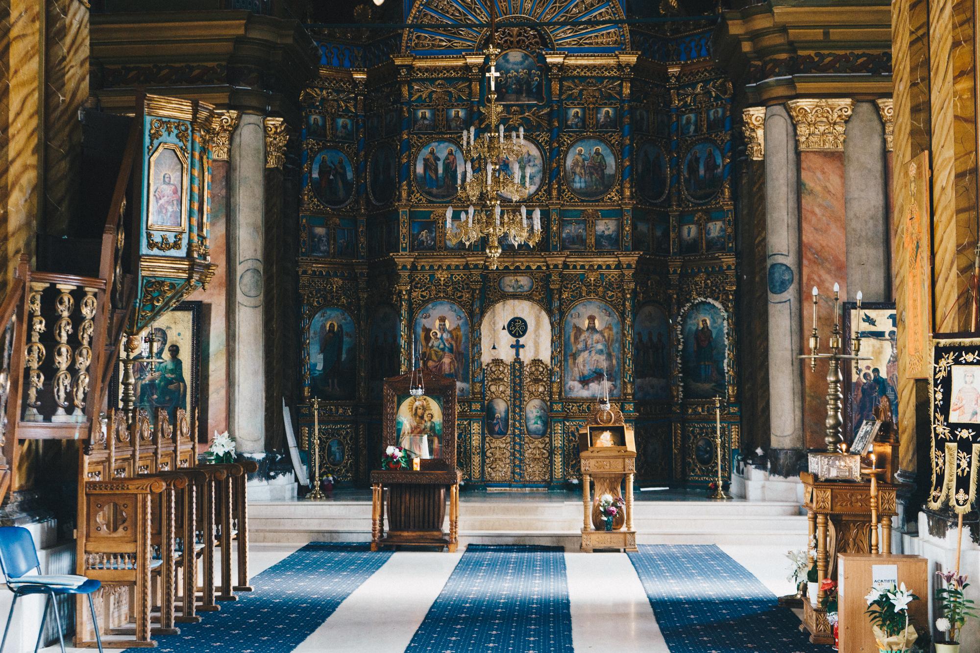 Savropoleos Church in Bucharest, Romania | thetravelsketch.com