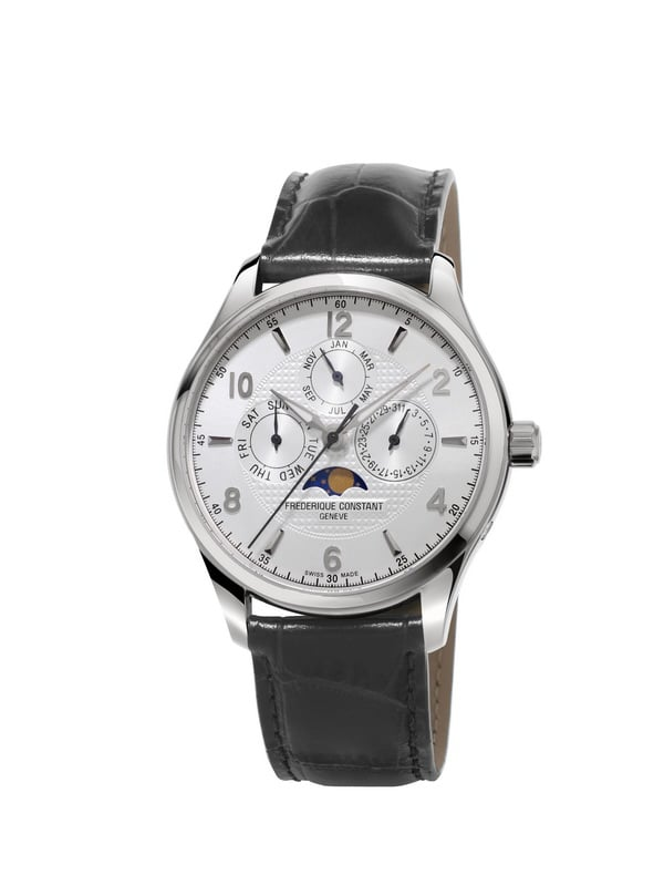 With its luxurious leather strap either brown or black and despite all its many functionalities, the Runabout watches retain a classical look that would suit any occasion.