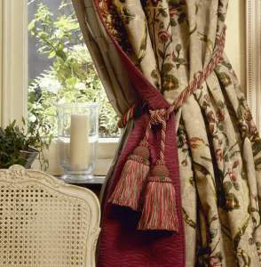 Choose the Right Curtains and Blinds for your Home