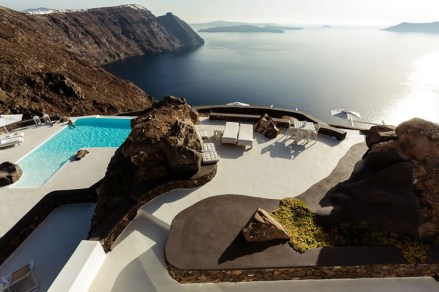 Aenaon-villas-santorini-greece