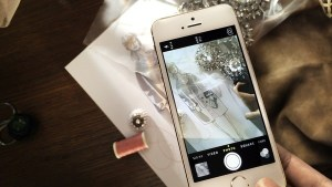 burberry-uses-iphone-5s