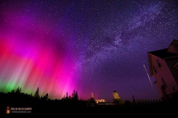 Northern-Lights-Milky-Way-at-Pemaquid-2