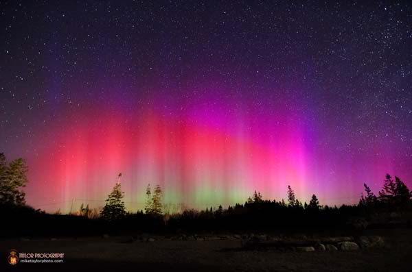 northern-lights-at-pemaquid-031713