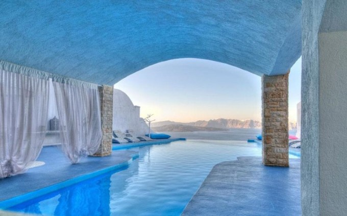 20. Astarte Suits Hotel, Greece
