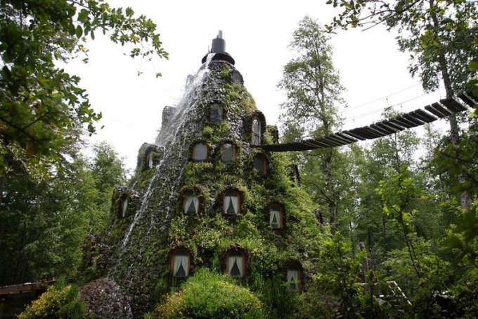 23. Montana Magica Lodge, Chile