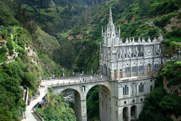 Las Lajas Cathedral (Colombia, South America)