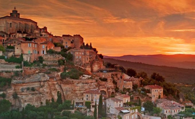 Gordes Village, Southeastern France. Photo by Arnab Banerjee