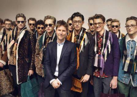 backstage at the burberry prorsum menswear autumn_winter 2015 sho_002