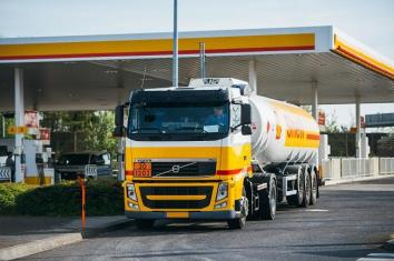 Shell Berchem - Truck delivery