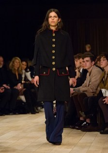 Burberry Womenswear Pre-Collection - Look 8