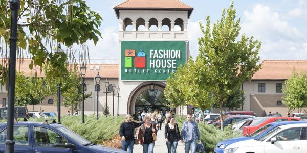 Colin's deschide un magazin de 386 m.p. în FASHION HOUSE Outlet Centre București