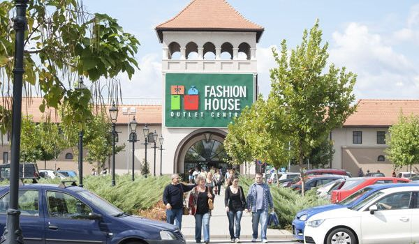 Noi chiriași în FASHION HOUSE Outlet Centre București