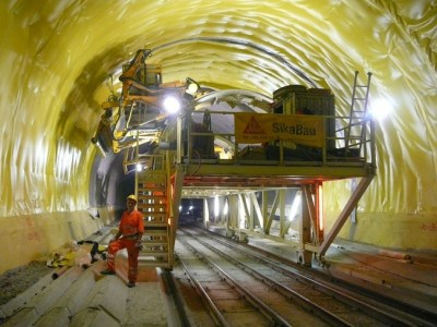 Sika_Gotthard-Basistunnel_02_low