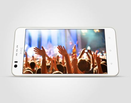 htc-desire-10-lifestyle-polar-white-poza-7