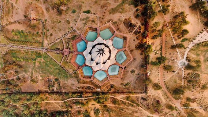 4 New Delhi, India