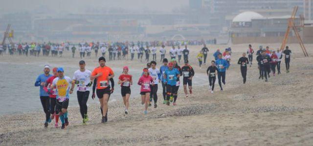 New trends: De ce este recomandat să alergăm pe nisip?