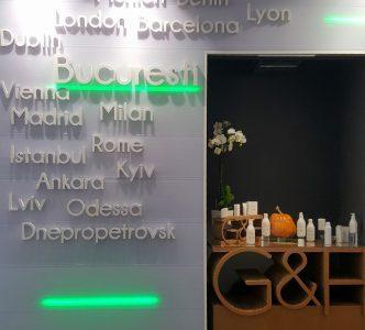 Amway România deschideAmway Business Center, investiție de 500.000 de euro