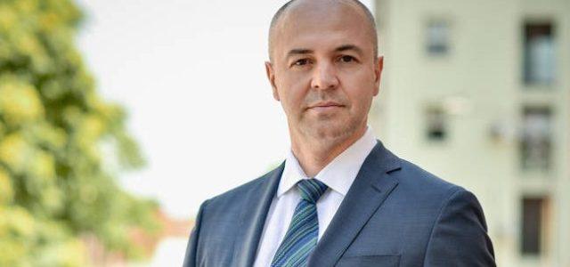 """INTERVIU – Cătălin Neagu, Top Factoring: trebuie să ai în tine un anumit tip de """"incubator"""" ca să poți funcționa ca antreprenor!"""