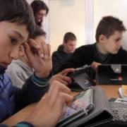 30 de școli de la sate încep anul școlar în Digitaliada