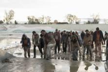 Fear the Walking Dead 3b