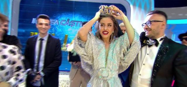 """Iuliana este castigatoarea celui de-al treilea sezon """"Bravo, ai stil!"""""""
