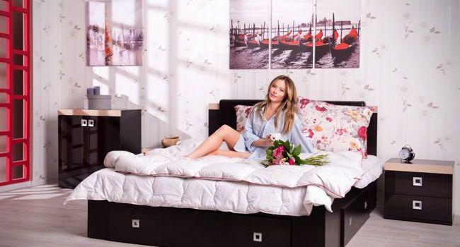Cine sunt cele cinci vedete care au testat paturile de la LEMS?