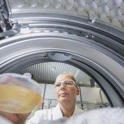 Soluțiile BASF spală rufele chiar și la temperaturi de 20 de grade
