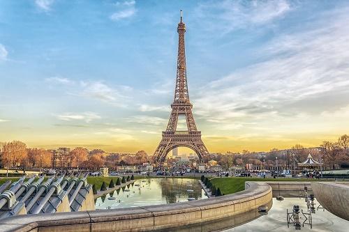 Paris, Lyon și Nisa, trei destinații speciale din Franța în oferta Wizz Tours România!