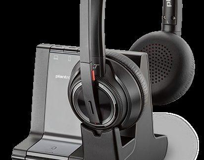 Plantronics lansează noi căşti audio, concepute pentru izolarea fonică în birourile gălăgioase